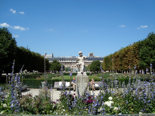 Gardens of the Palais Royal © wikipedia.org