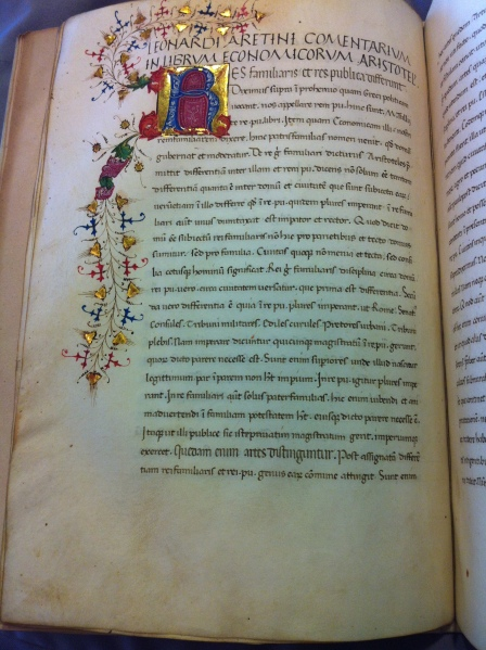Opening of Bruni's Commentary on the Pseudo-Aristotelian Economics, Leiden UB PER Q 1, f. 4v